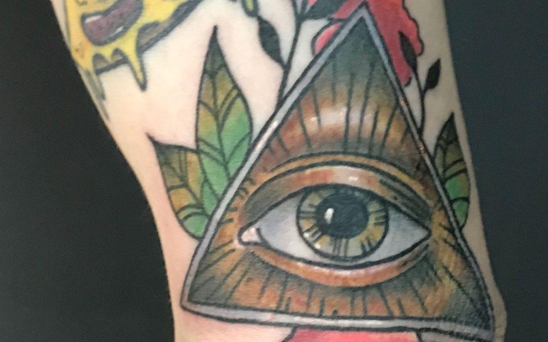 Rad eye of province piece on the infamous Zack  #broketattoos  #ink  #viciousinksh  #tattoo  #michigantattooer #eyeofprovince #inked #tattoos #